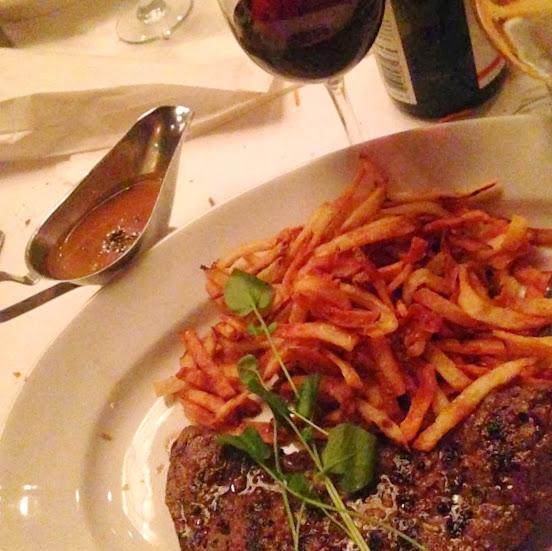 Steak frites with sauce au poivre