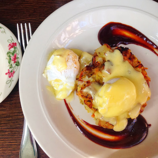 Poached eggs with bubble & squeak, plus hollandaise and housemade steak sauce, The Dandelion