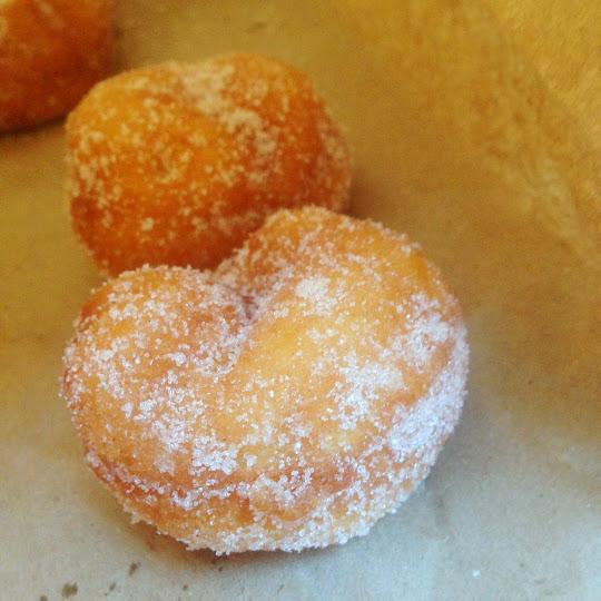 Cinnamon sugar donuts, Daily Dozen