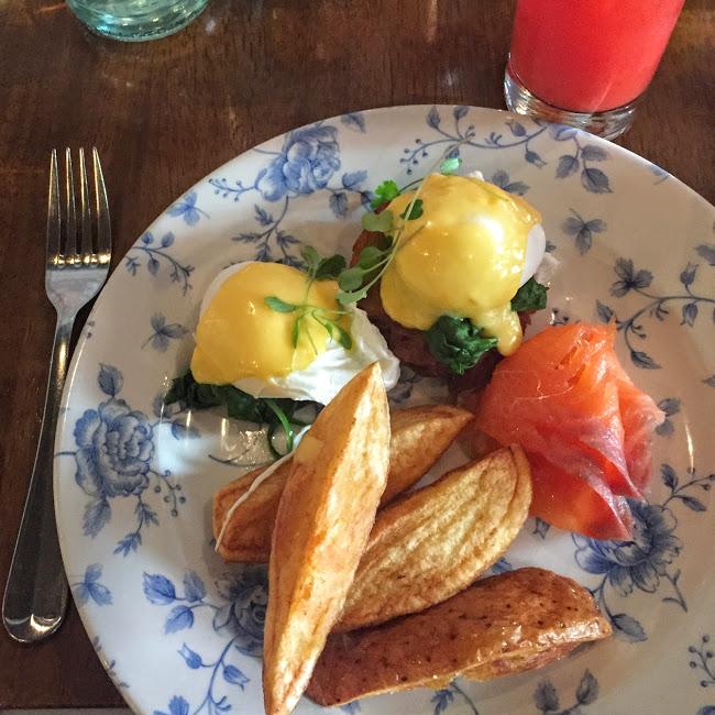 Norwegian eggs, Whitefriar Grill