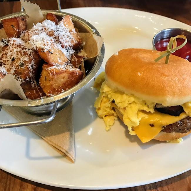 Breakfast sandwich, Bar Siena