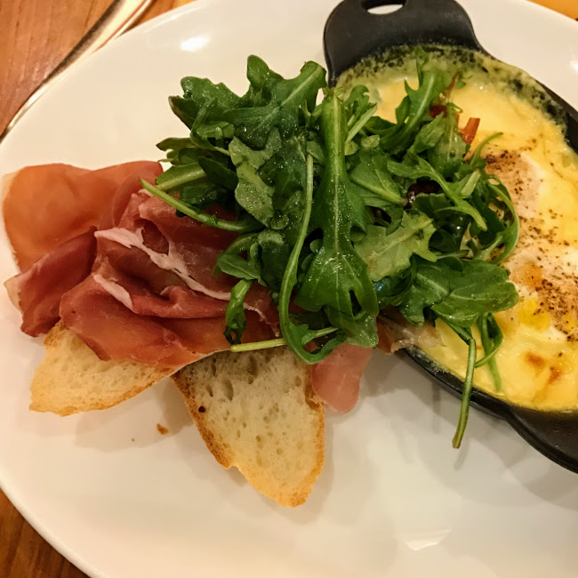 Baked eggs, Appellation